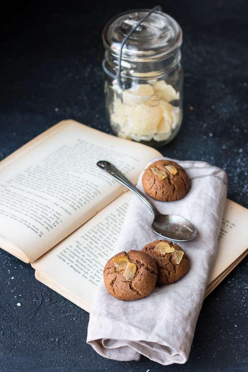 Biscotti allo zenzero e tahina