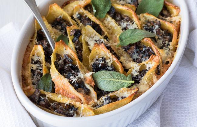 Pasta al forno ai funghi  vegetariana