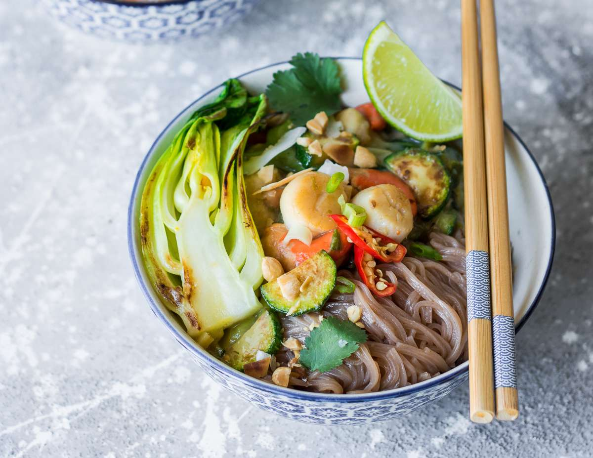 Curry verde di capesante e bok choy - senza glutine e latticini