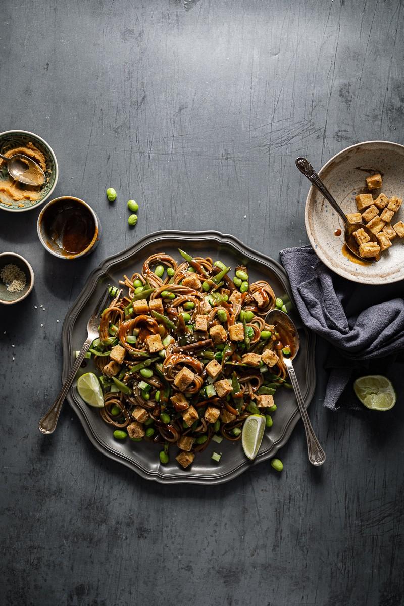 insalata-di-soba-e-tofu-croccante