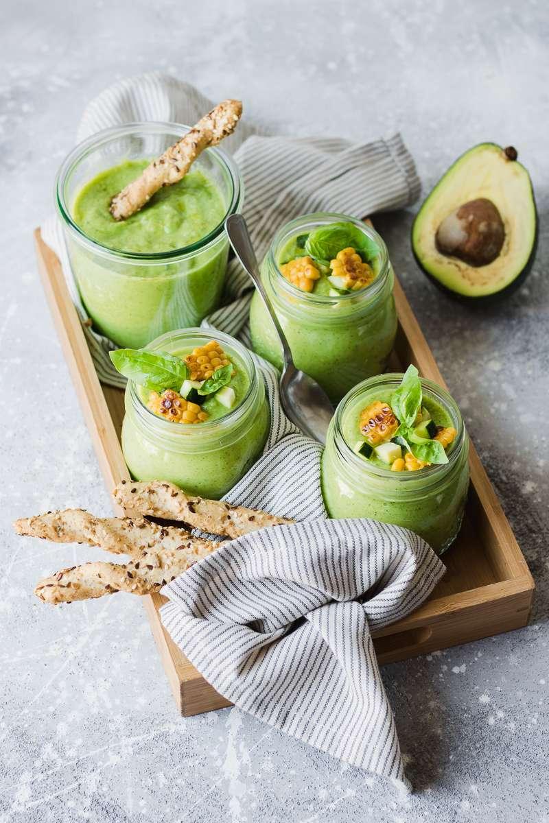 Gazpacho di zucchine e avocado