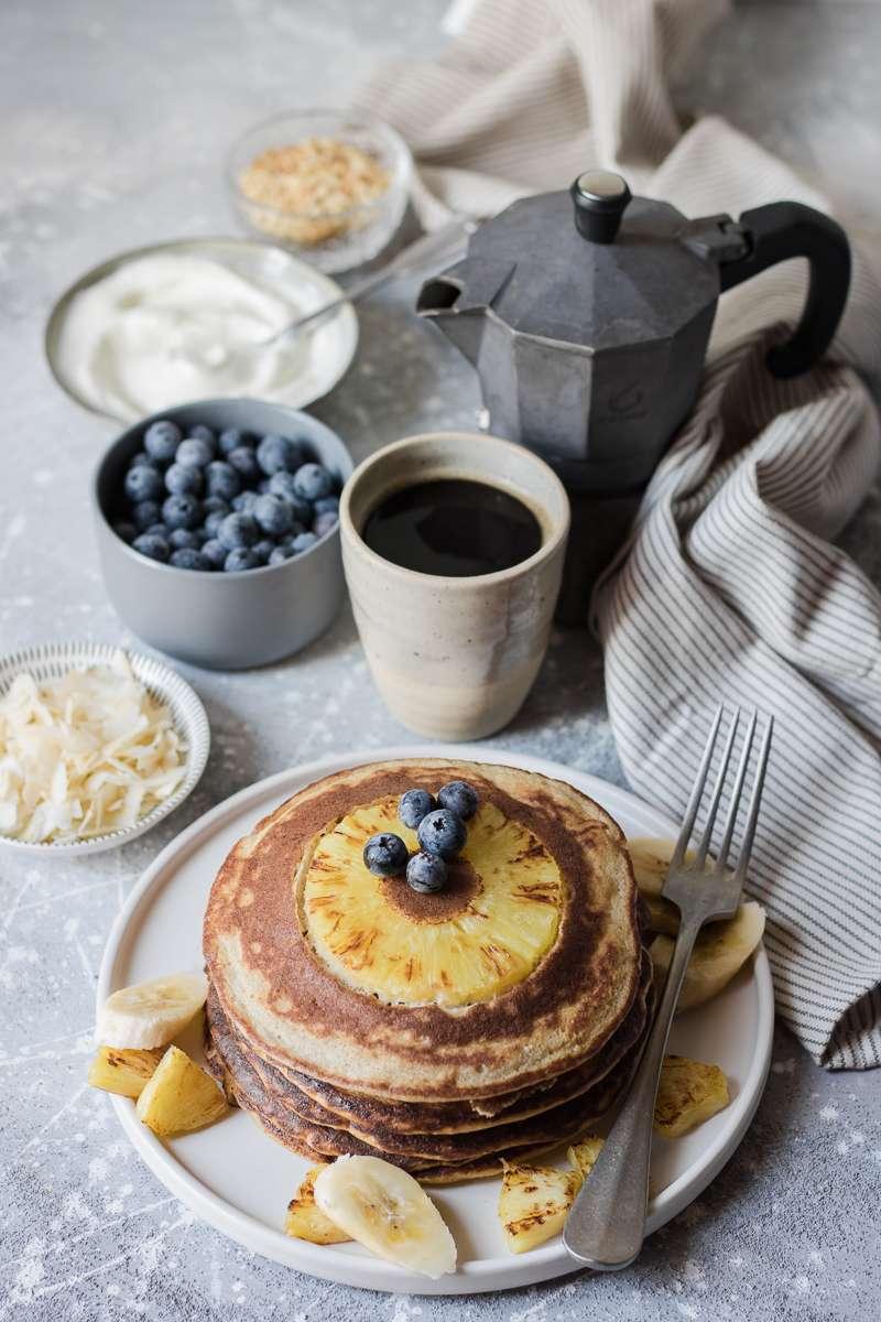 Pancake all'ananas rovesciati (che non bruciano i grassi)