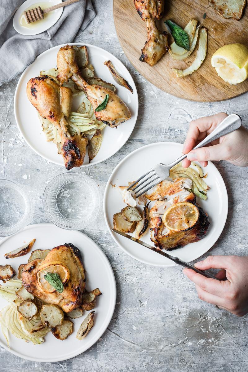 Cosce e sotto cosce di pollo arrosto senza pelle, facili e light
