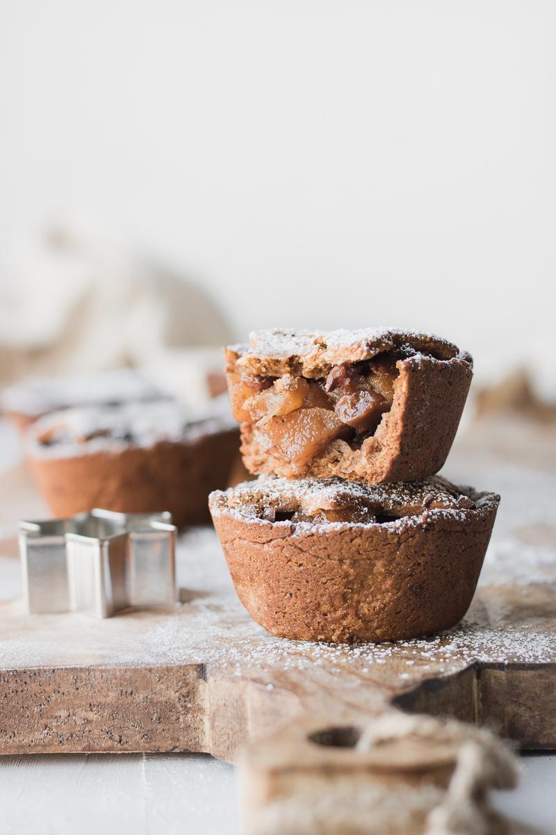 Mini tortine ripiene di pere speziate senza glutine nè latticini