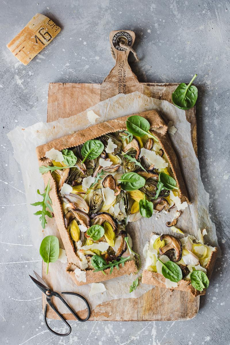 Torta salata integrale senza burro ai porri e carciofini
