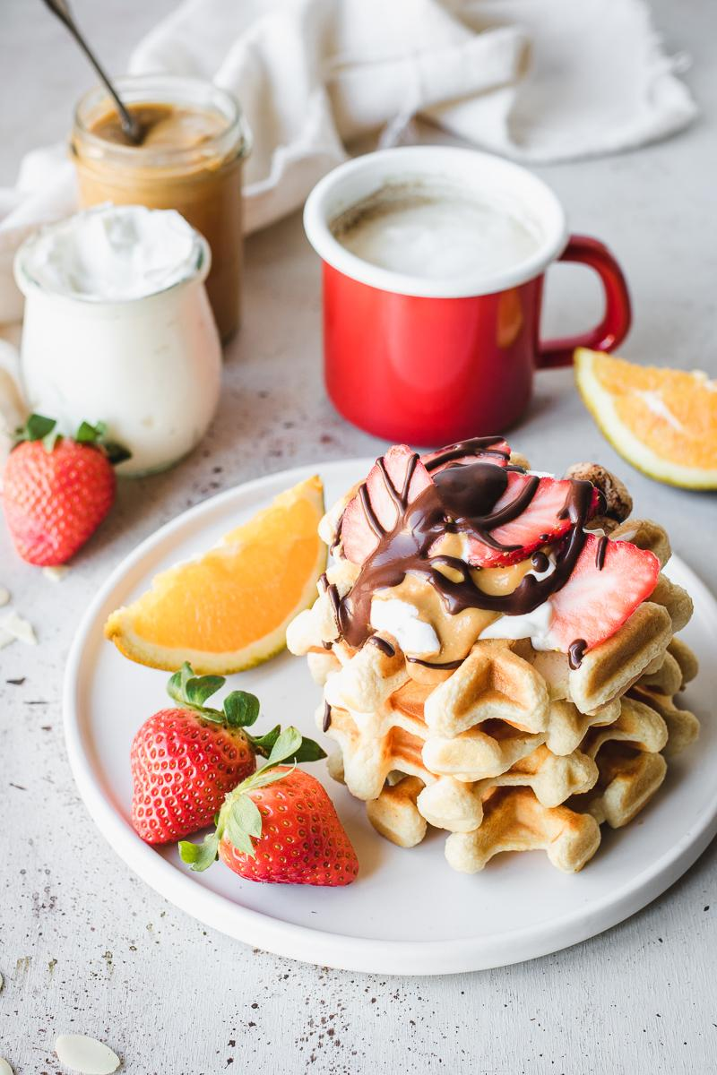 Super easy low carb high protein waffles 125 kcal each