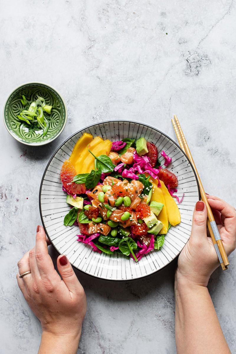 bowl di salmone in salsa ponzu