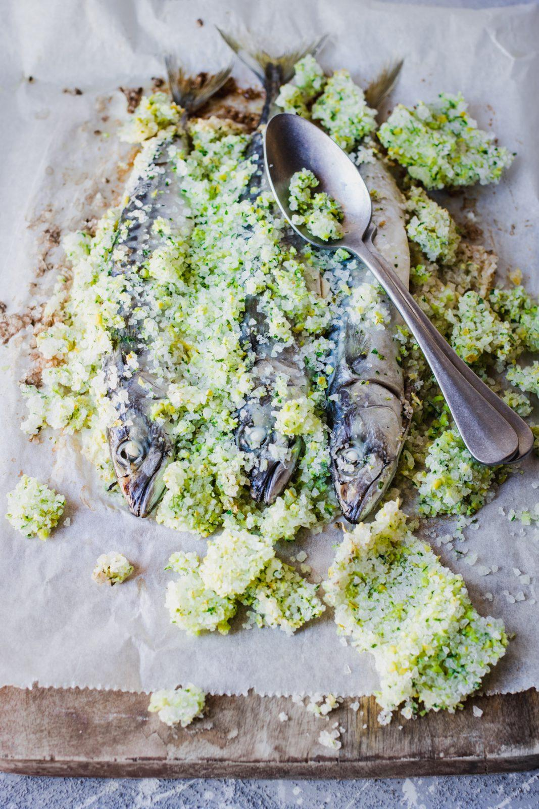 Herbs & salt encrusted mackerel