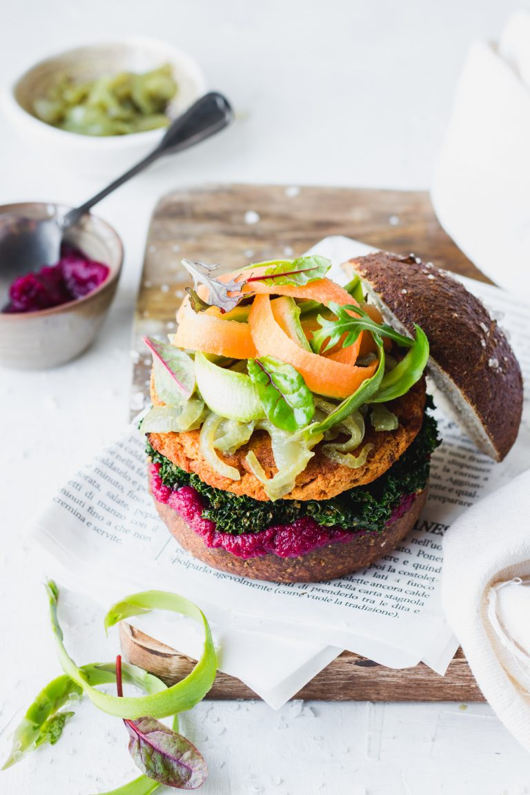 Veg chickpeas burger with beetroot ketchup, caramelized onions and stewed kale