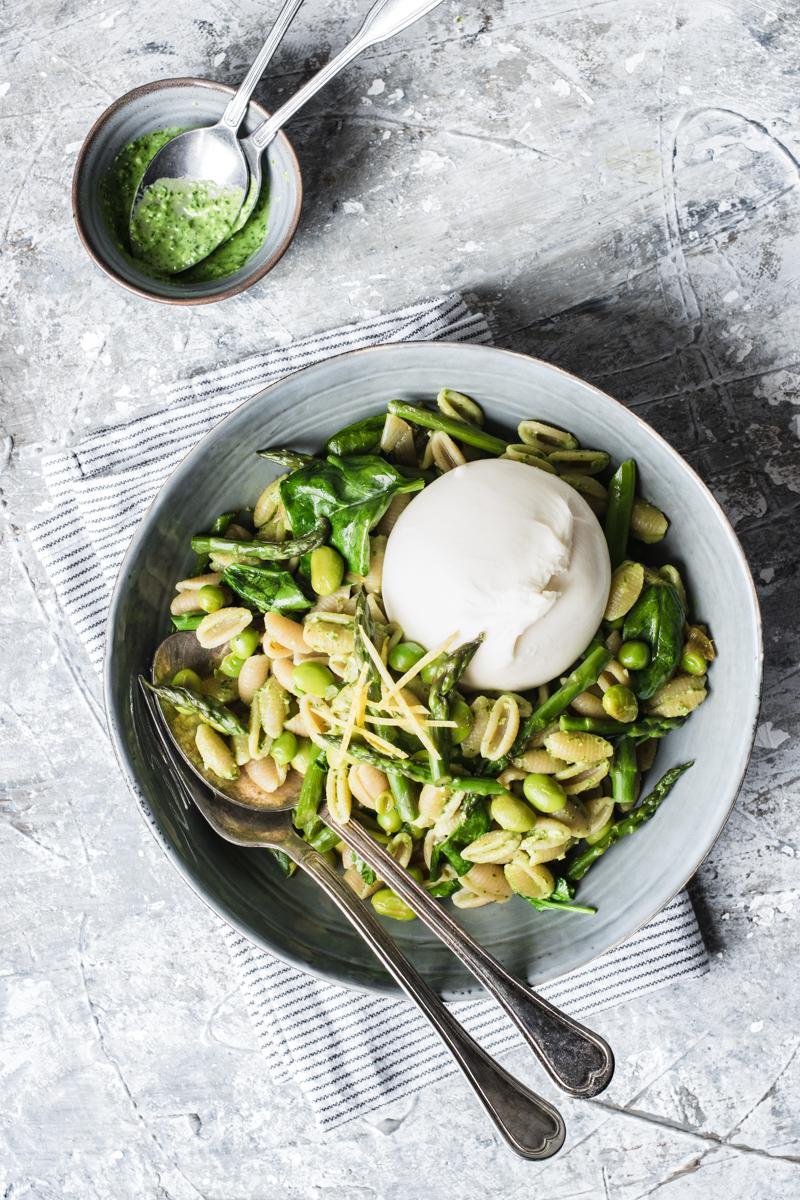 Insalata di pasta con verdure primaverili [Brunch di Pasqua]