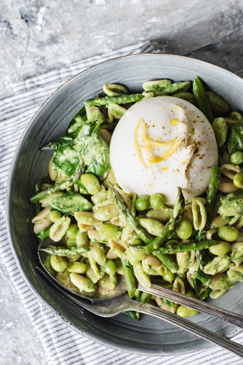 Spring veggies lemon pesto pasta salad with burrata