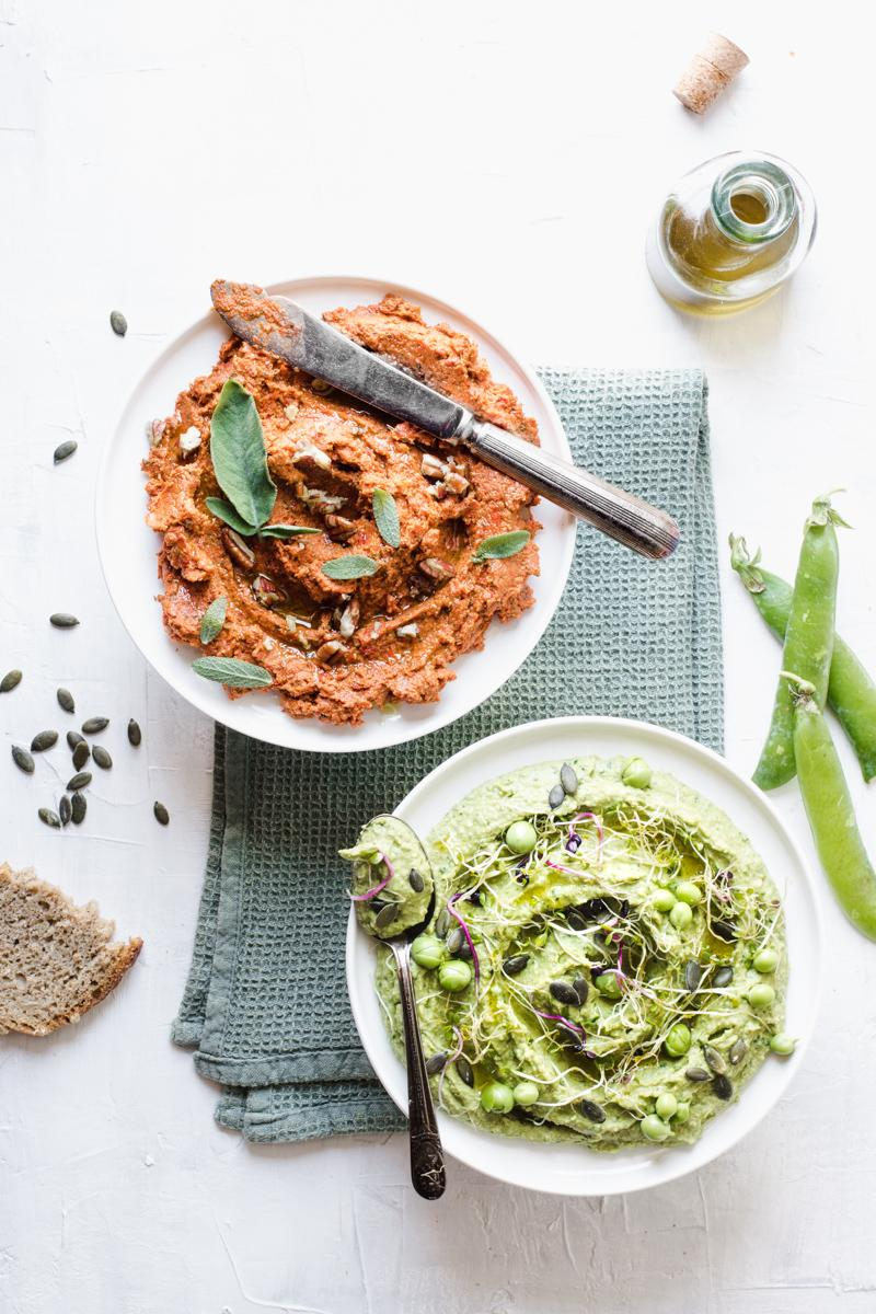 Hummus di piselli & patè di pomodori secchi  [Brunch di Pasqua]