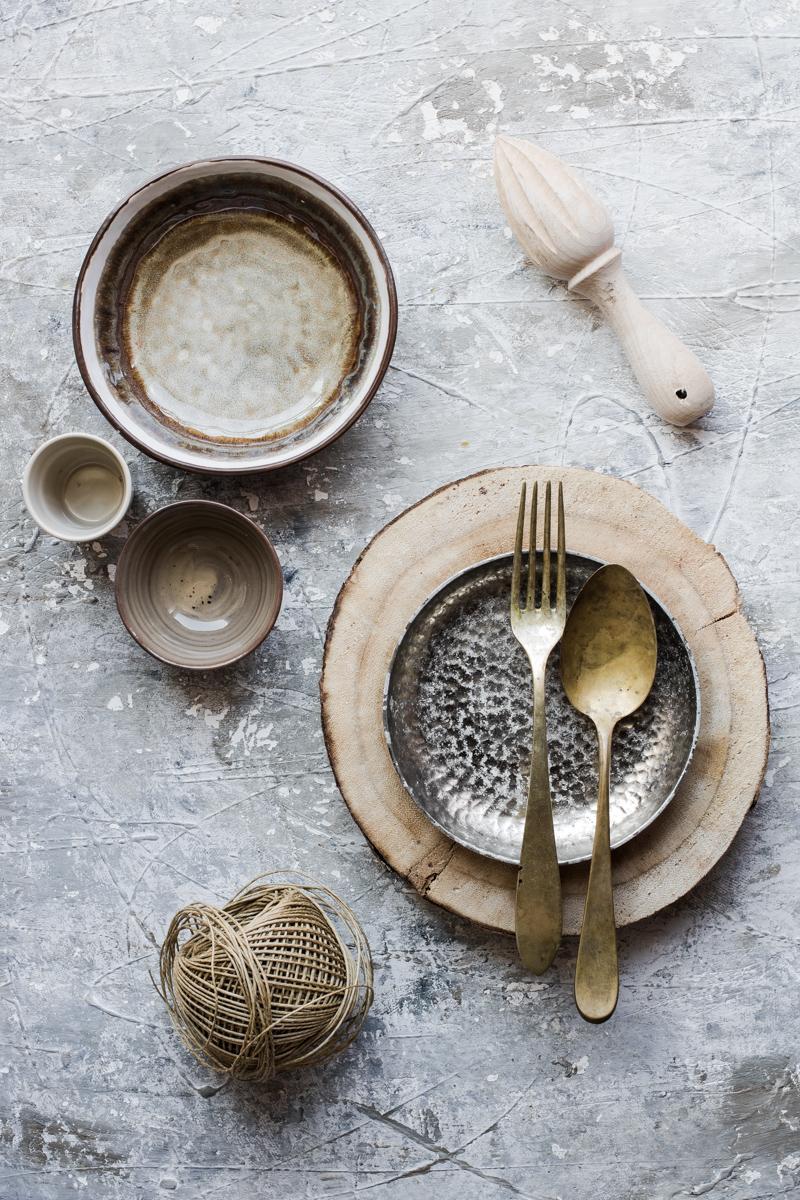 Come scegliere i props per food photography toni neutri