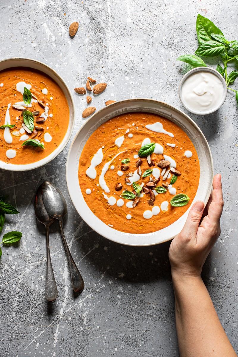 Zuppa di pomodoro vegana