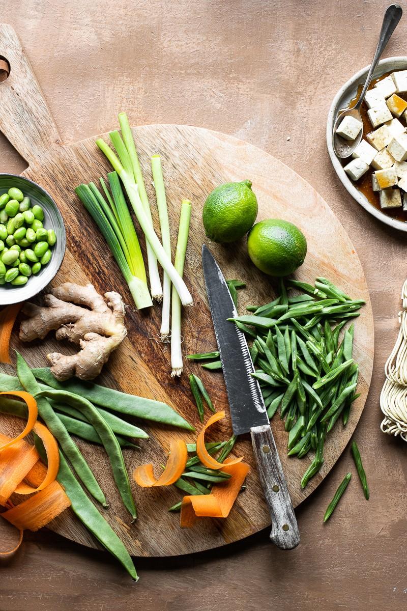 verdure tagliate su un tagliere