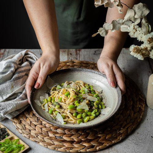ricette estive con i legumi carbonara di edamame al miso