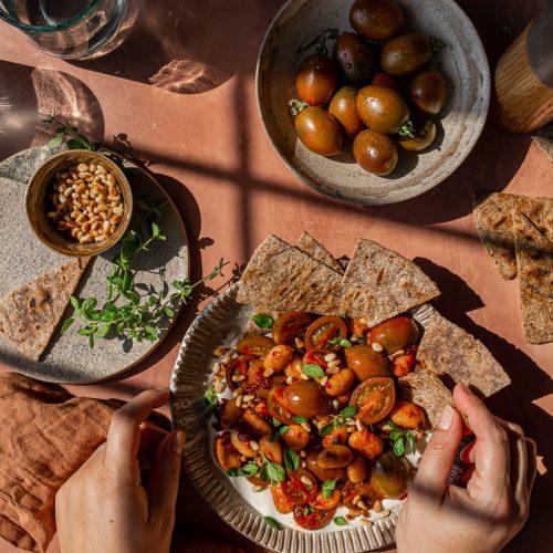 ricette estive con i legumi fagioli corona saltati con crema di feta
